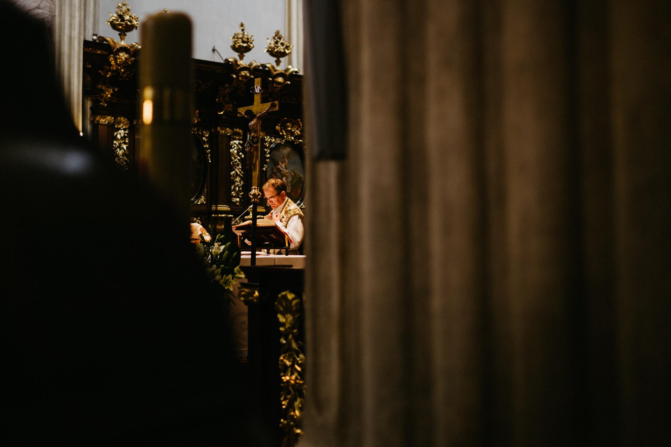 kameralny slub w krakowie fotograf slubny 00043
