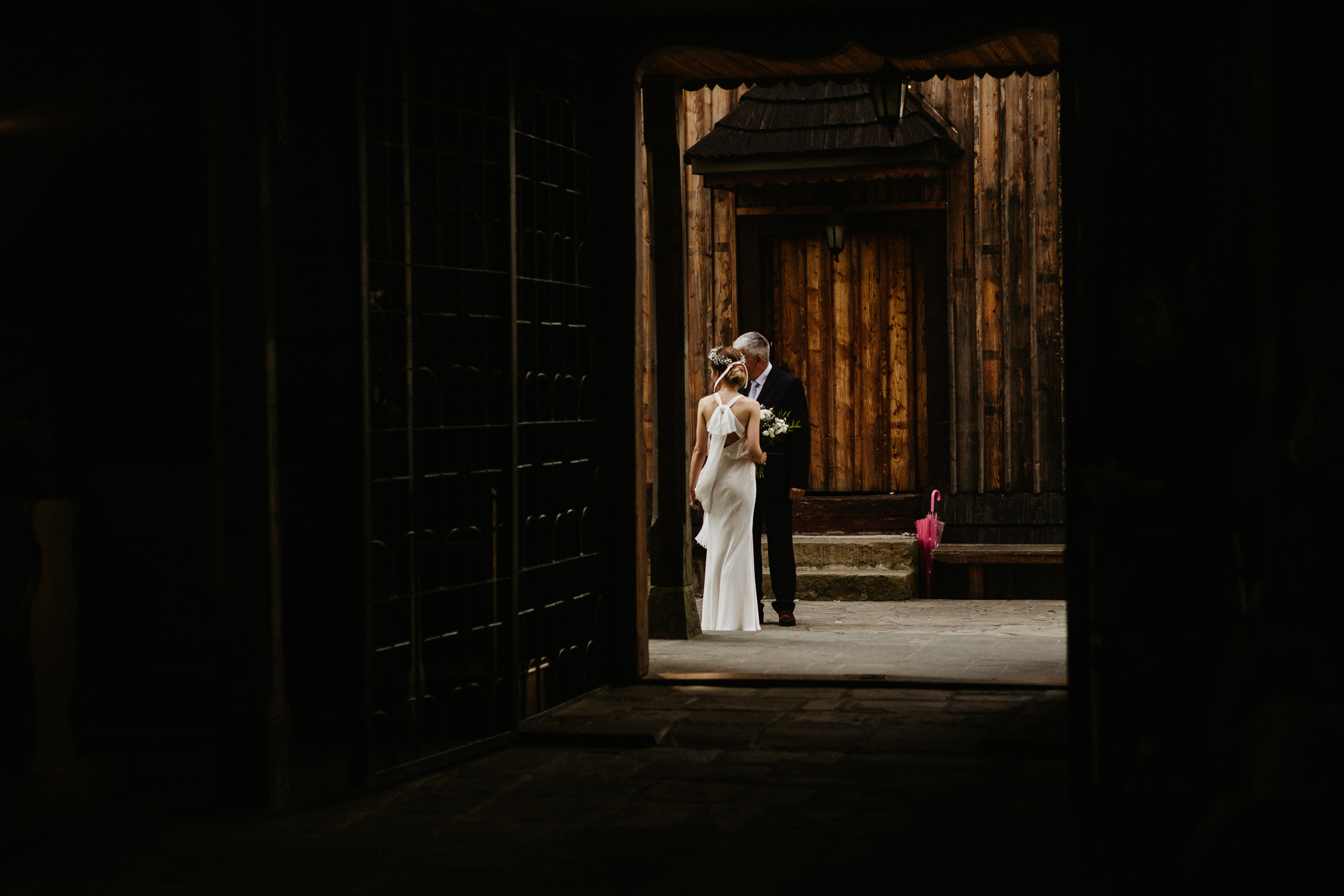 wesele w stodole folwark wiazy krakow slub 00025