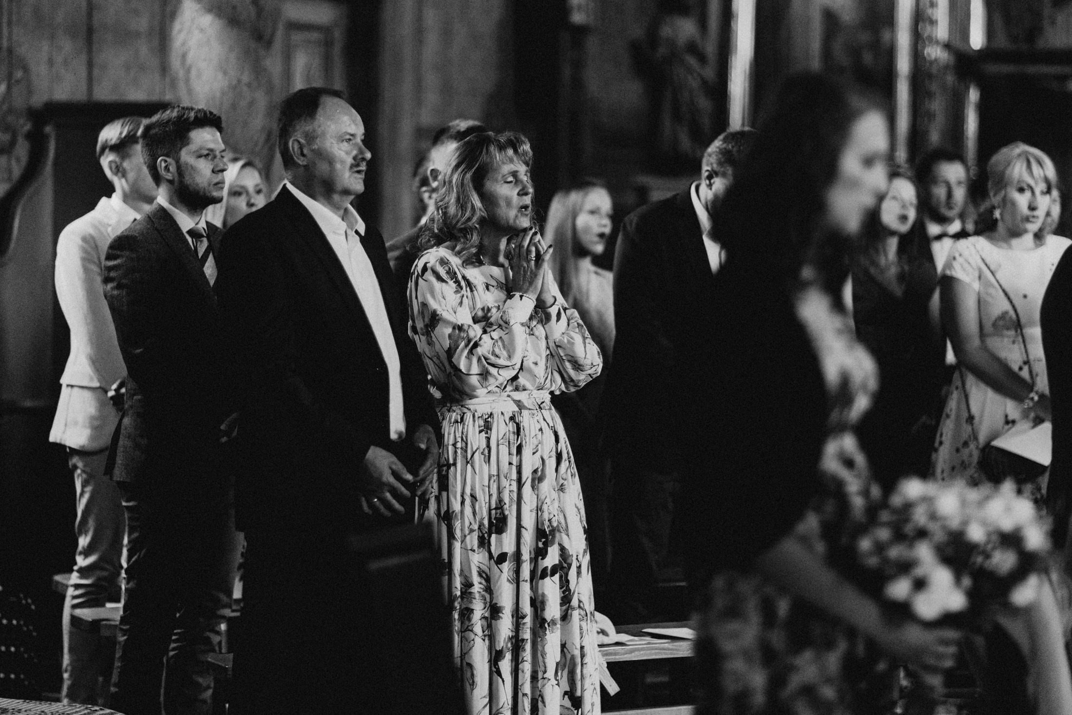 wesele w stodole folwark wiazy krakow slub 00048