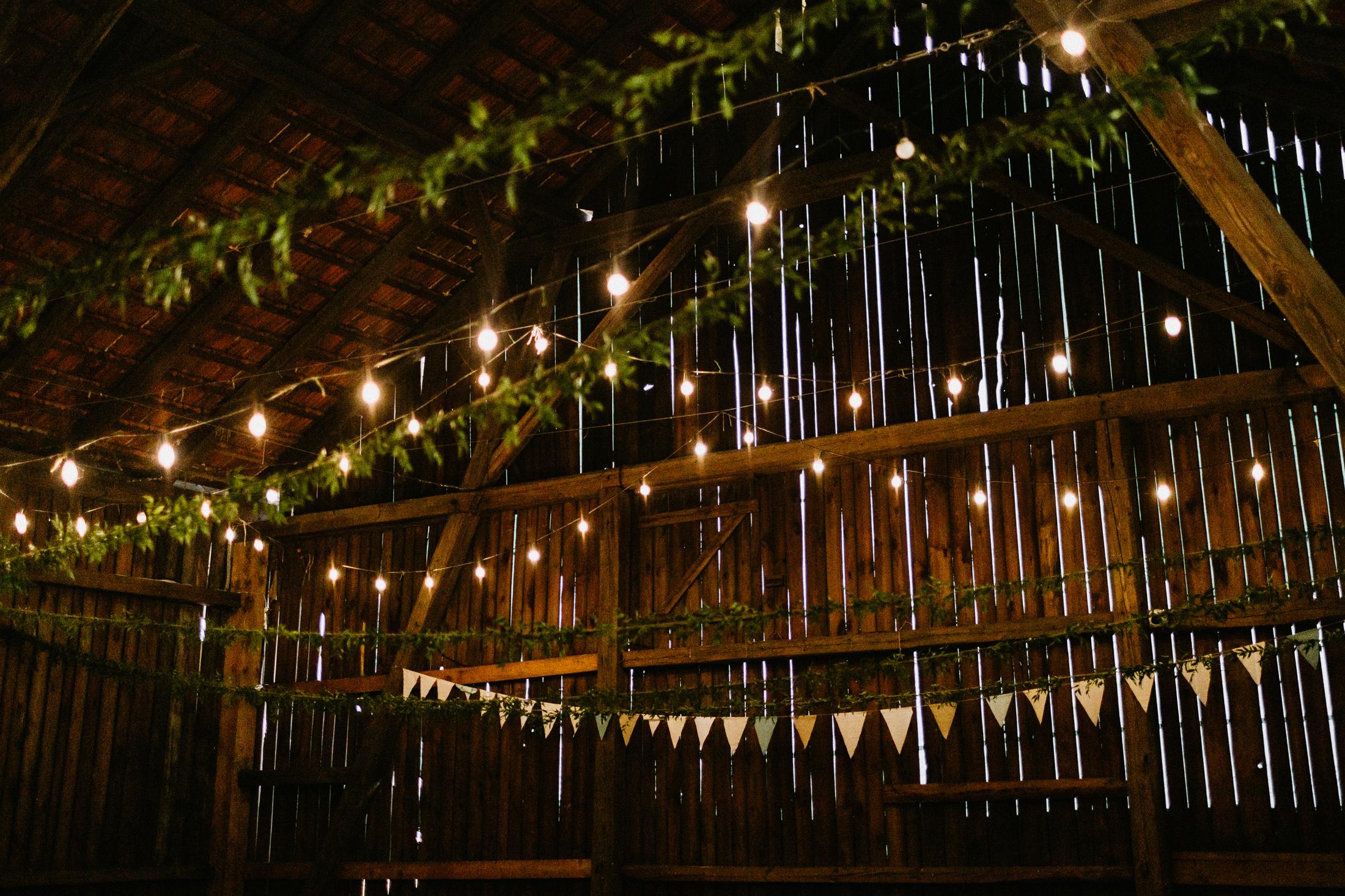 wesele w stodole folwark wiazy krakow slub 00062