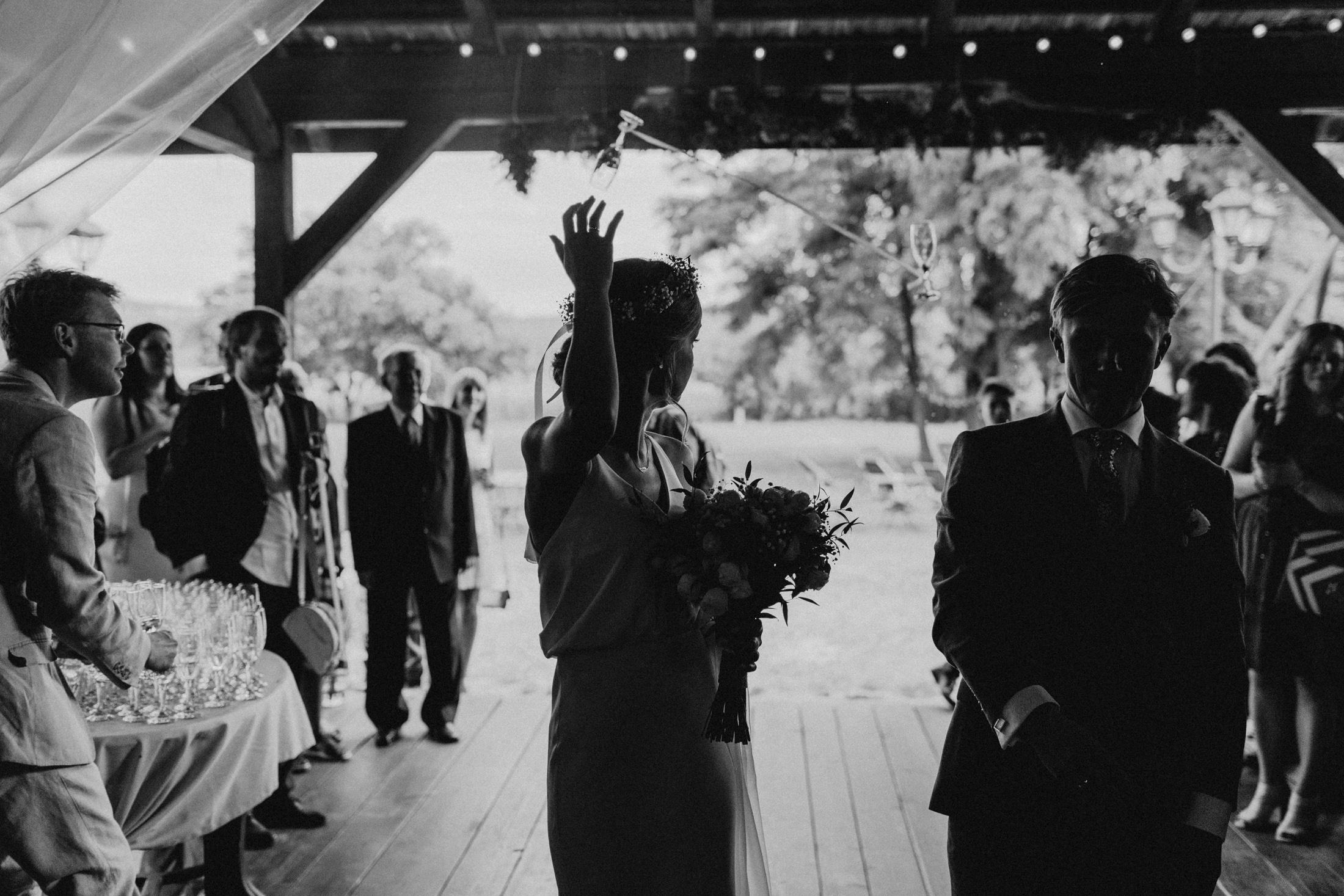 wesele w stodole folwark wiazy krakow slub 00071