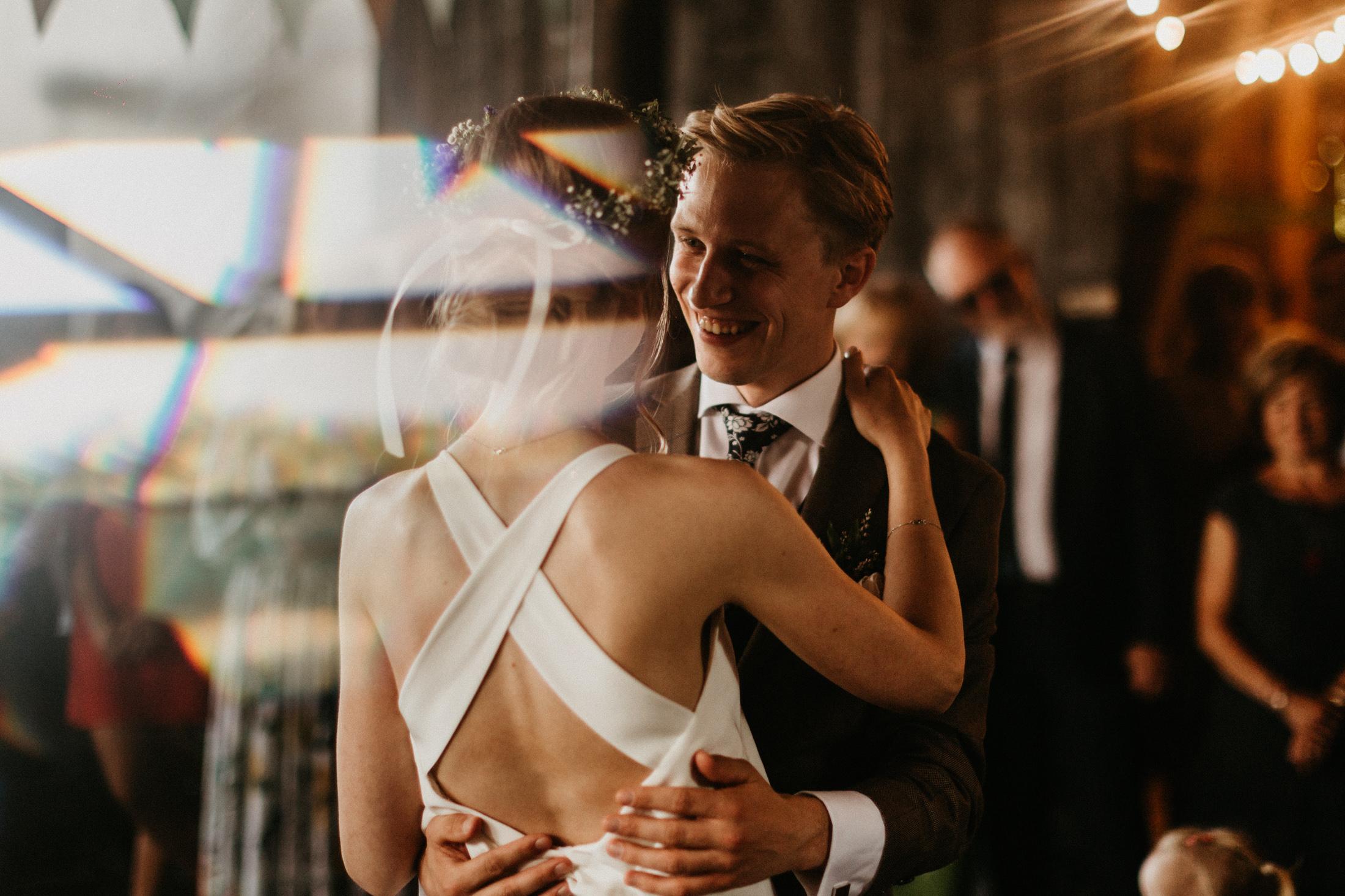 wesele w stodole folwark wiazy krakow slub 00089