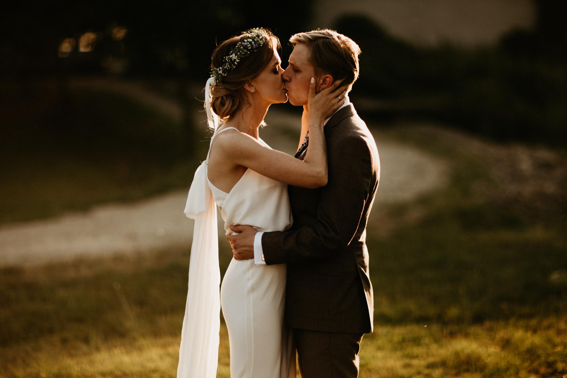 wesele w stodole folwark wiazy krakow slub 00094