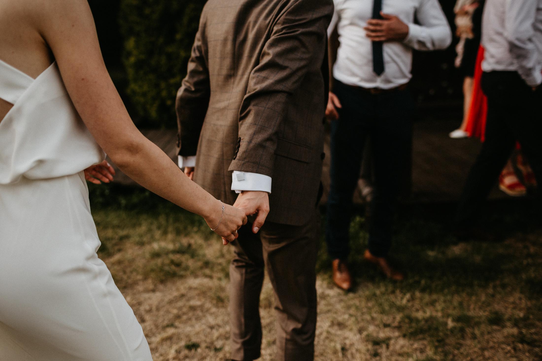 wesele w stodole folwark wiazy krakow slub 00118