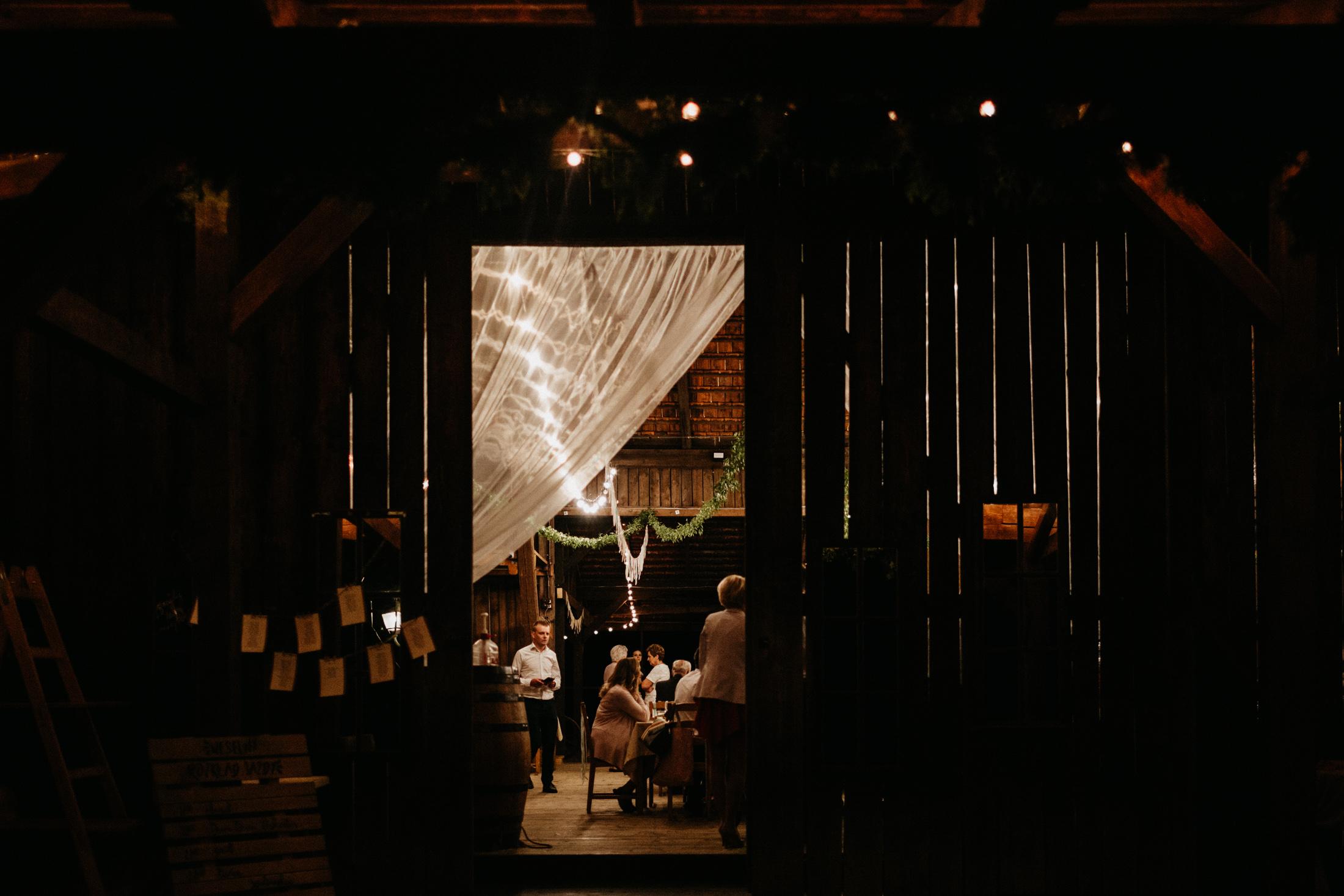 wesele w stodole folwark wiazy krakow slub 00148